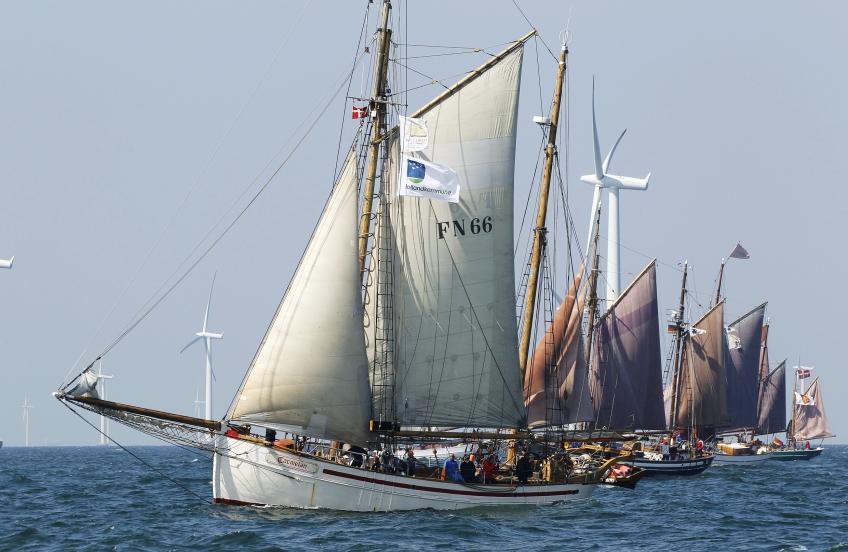 Carmelan Hanse Sail