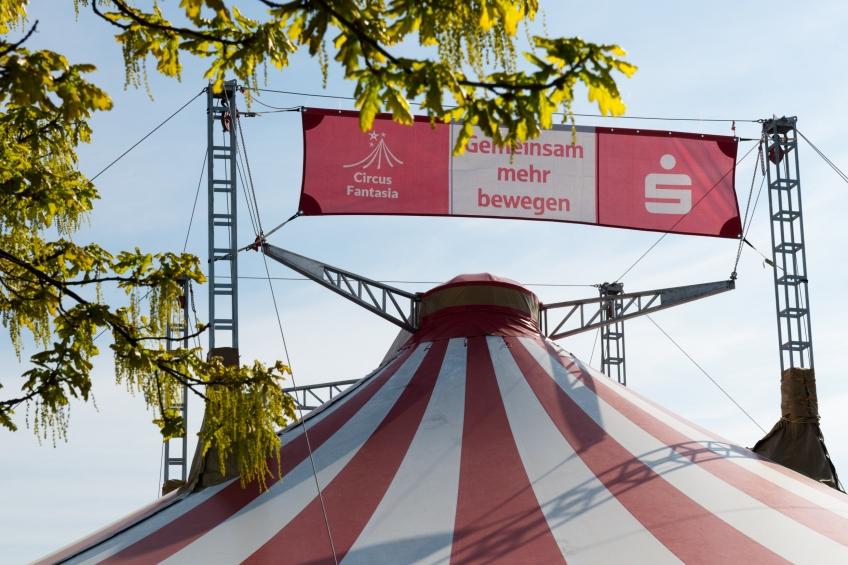 Zirkuszelt Circus Fantasia